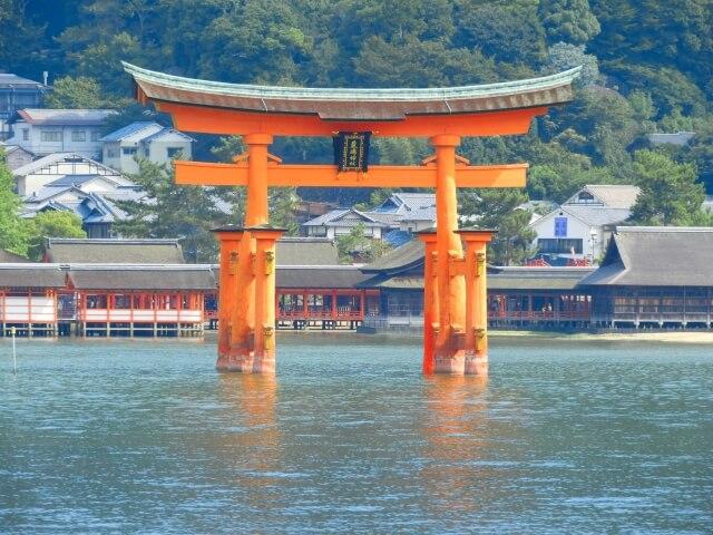 厳島神社の初詣参考画像